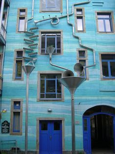 The Kunsthof Passage in Dresden include the 'Court of Water' – contraption made with metal tubes and funnels that make music when it rains.