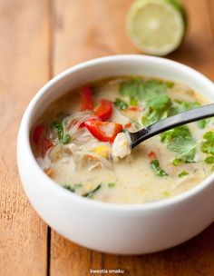 Cheeseburger Chowder, Thai Red Curry, Chinese, Yummy Food, Lunch, Eat, Ethnic Recipes, Impreza, Drinks