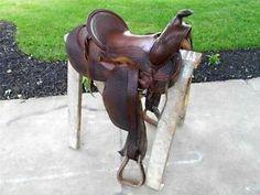 Beautiful JC Higgins High Back Basket Weave Western Leather Saddle Western Saddles, Doll Furniture, Tack, Basket Weaving, Cowboys, 1940s, Westerns, Garden Sculpture, Weave