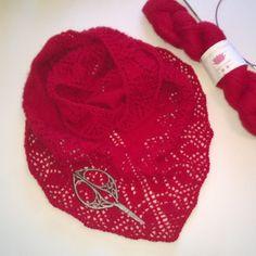 lotusyarns - 100% cashmere.  #lotusyarns #cashmere #кашемир #вязание #вяжу #knitting#knit#knitstagrsm##lotusyarns#yarns#knitting#handknitting#cashmere#naturalfiber#crochetaddict#yarnaddict#yarnlove#knittingaddict#