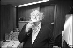 Archie Parkhouse shaving by James Ravilious © Beaford Arts