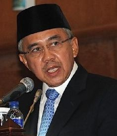 FAKTAPOST.COM : Dihadiri Ketua Umum Setya Novanto, Besok Gubernur Dilantik Pimpin DPD Golkar Riau
