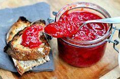 Zdrav i ukusan džem od jagoda bez kuvanja i bez šećera! Paella, Raw Cake, Thermomix Desserts, Vegan Sauces, Strawberry Jam, Breakfast Time, Canning Recipes, Healthy Snacks, Vegetarian Recipes