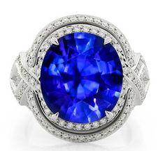 A dominant #colour possesses #tremendous #power in making #art unique. #Royal…