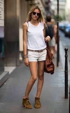 I like this simple look in white and #beige colors! #shorts + #tee