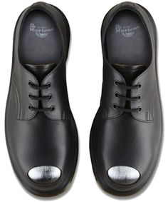 Dr Marten Limited Edition archive Petri shoe. Exposed steel toe