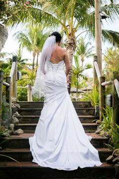 Outrigger Fiji Beach Resort Wedding Dress Gown Veil White Stunning Long Palms Paradise Tropical Outdoor Stairs Nature Ideas Planning Inspiration Photography