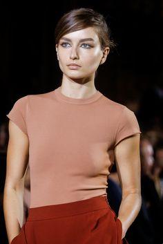 Stella McCartney Spring 2014 Ready-to-Wear Fashion Show Details