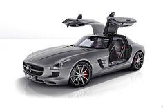 2013 Mercedes-Benz SLS AMG GT.