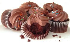 6 Gluten Free Vegan Chocolate Cupcakes W Ganache Frosting Gluten Free, Corn Free, Vegan and Organic. Delicious Chocolate cupcakes with Chocolate Ganache frosting (Ganache frosting included in accompanying container for shipping. Cupcakes Without Eggs, Cupcakes Au Cholocat, Making Cupcakes, Moist Cupcakes, Party Cupcakes, Filled Cupcakes, Vegan Cupcakes, Vanilla Cupcakes, Yummy Cupcakes