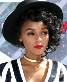 Janelle Monae Gets Cheeky While Paying Tribute to Prince at the BET Awards Black Girl Magic, Black Girls, Pretty People, Beautiful People, Bet Awards, Beautiful Black Women, Woman Crush, Pretty Face, Girl Crushes