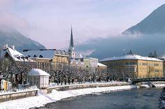 http://www.goldenerochs.at/de-hotel-salzkammergut.htm  Kaiserlicher Urlaub in Bad Ischl im Salzkammergut.