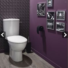 Purple bathroom black and white puctures. Anyone else notice the black toilet paper? Purple Bathrooms, Dream Bathrooms, Bathroom Colors, Dark Purple Bathroom, Bathroom Purple, Bathroom Goals, Decoration Wc Originale, Deco Wc Original, Black Toilet Paper