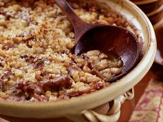 Paula Wolfert's Toulouse style Cassoulet - There are many recipes for cassoulet, the classic French dish that gets its name from the pot its baked in. This version includes duck confit and garlic sausage. Classic French Dishes, French Food, French Style, Toulouse, Wine Recipes, Cooking Recipes, Pork Recipes, Dishes Recipes, Sausage Recipes