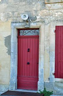 Our House in Provence: Ménerbes, A Plus Beaux Village de France