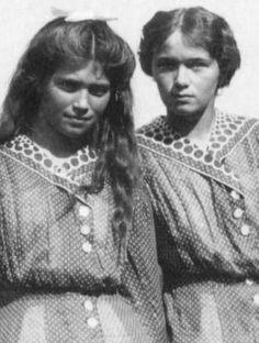 Olga & Maria, 1913.