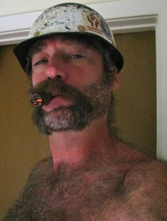 marlborocountry:   Hey cigarbro, Thank you very much for the submission. I would live to meet you in a dark ally and I am sure a lot of my followers would as well: )