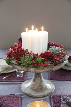 Festive Christmas Table Decoration Ideas To Brighten Your Feast . Christmas Candle Decorations, Christmas Themes, Christmas Holidays, Christmas Wreaths, Christmas Crafts, Christmas Candles, Homemade Christmas, Advent Candles, Christmas Ornaments