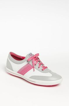 Women's golf shoe: From the green to the street pink white grey silver