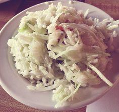 St-Hubert Salade de chou traditionnel Poulet General Tao, St Hubert, Salad Recipes, Healthy Recipes, Kinds Of Salad, Potato Salad, Side Dishes, Cabbage, Salads
