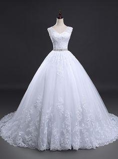 91fec02ae0 Hercegnős Esküvői Ruhák, Menyasszonyi Ruhák, Esküvői Ruhák, Esküvői Ruha,  Eljegyzés, Vőlegények