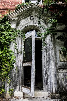 The abandoned Rosewood Asylum in Owings Mills, MD.