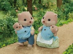 [SF] Splashy Otter Family buy on Sylvanian Families. , offer Sylvanian Families at discounted rate in Sylvanian Families Sylvanian Families, Pet Toys, Doll Toys, Dolls, Calico Critters Families, Sewing Stuffed Animals, Pikachu, Little Boy And Girl, Baby Fairy