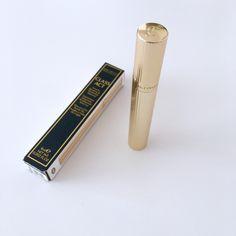 A nice Joan Collins mascara...just a shame the packaging looks like a Charlotte tilbury dupe