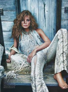 Cowgirl Couture Shoots - The Daria Werbowy Vogue Paris Spread Upgrades Wild West Fashion (GALLERY)