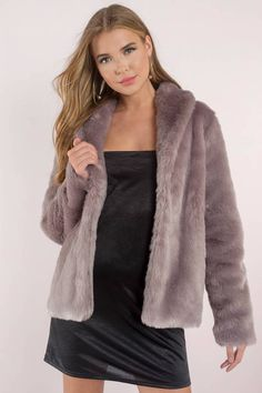 Keepin' it real in the Fauxreals Coat. Cool weather? Meet your perfect match in this gorgeous faux fur coat that keeps things warm & cozy and your loo - Fast & Free Shipping For Orders over $50 - Free Returns within 30 days!