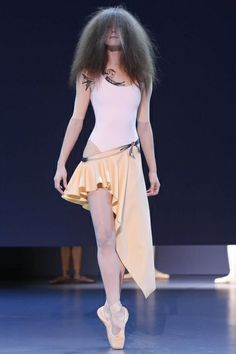Viktor&Rolf Haute Couture Spring Summer 2014 Paris - NOWFASHION