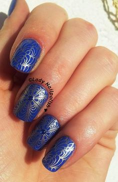 Dashica SdP-A2 http://ladynailpolishnathalie.blogspot.ch/2013/12/golden-blue-stamping-with-dashica-and.html