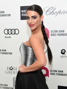 Jessica Lowndes (born November is a Canadian actress, singer and songwriter. Jessica Lowndes, Elton John Aids Foundation, Canadian Actresses, The Cw, Prom Dresses, Singer, Actors, Celebrities, Beauty