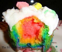 rainbow lucky charm cupcakes