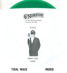 Sonny Gee & The Standels - 45 rpm (Norton Records 2013) Green vinyl, vocal surf