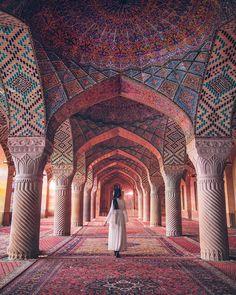 Beautiful 😍 Iran 🇮🇷 Photos by 🌎🌍🌏 Persian Architecture, Light Architecture, Architecture Design, Monumental Architecture, Building Architecture, Architecture Portfolio, Home Studio Photography, Travel Photography, Window Photography