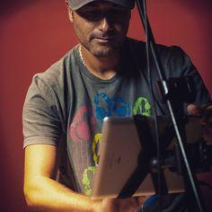 Presentación en vivo en #radio Fm Simphony #sanisidro desde estudios #larokola  #iPad  #iPadmusic #disco #PrimerEstado #music  #livemusic #buenosaires  #argentina