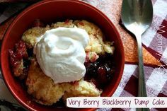 Mommy's Kitchen: Very Berry Blackberry Dump Cake