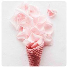 Un cône au parfum rose