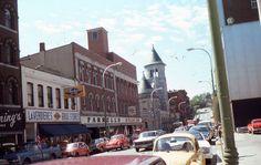 35mm Slide Missouri Street Scene 1977 Cars LaVerdiere's Farrells Kodachrome