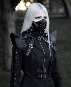 Gothic Fashion 634515034983078448 - Boutique Gothique Source by lantrenoir Cyberpunk Mode, Cyberpunk Fashion, Hipster Outfits, Edgy Outfits, Fashion Outfits, Hot Goth Girls, Gothic Girls, Punk Girls, Punk Rave
