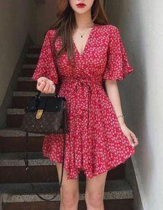 korean fashion Learn About These Awesome summer korean fashion 9888 Cute Casual Outfits, Pretty Outfits, Pretty Dresses, Summer Outfits, Summer Dresses, Stylish Outfits, Korean Fashion Trends, Asian Fashion, Look Fashion