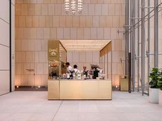 A finalist for this year's @iida_hq Interior Design Award, @camposbarangaroo is a permanent, pop-up style coffee kiosk situated at the entrance to Three @internationaltower Sydney.  @trevormein