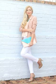 Soft pink and turquoise make a beautiful combo.