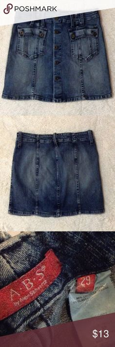 Denim skirt Super cute blu jean skirt in EUC Skirts Mini