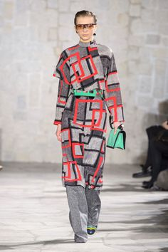 Fall 2015 Fashion Trend Report - Top Runway Trends from Fall 2015 Collections 2015 Fashion Trends, 2014 Trends, Fall Trends, Latest Trends, 80s Fashion, Fashion Outfits, Dress Over Pants, Fall Capsule Wardrobe, Fashion Marketing