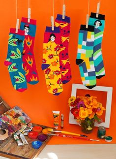 Artista set of 3 pairs of unisex socks. Perfect gift for anybody who loves art, artists, painting & design. Silly Socks, Cool Socks, Sonia Delaunay, Ethnic Patterns, Designer Socks, Candy Colors, Paint Designs, Love Art, Iphone Cases