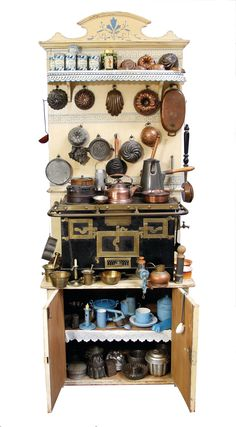 doll's cupboard with stove, from a courtly household : Lot 2500 Mini Kitchen, Miniature Kitchen, Toy Kitchen, Kitchen Cupboard, Kitchen Utensils, Miniature Furniture, Doll Furniture, Dollhouse Furniture, Cuisinières Vintage