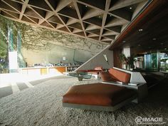 Amazing roof structure. Sheats Goldstein Residence By John Lautner  Licencia para matar 007