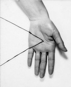 liliana porter - Untitled (triangle), 1973